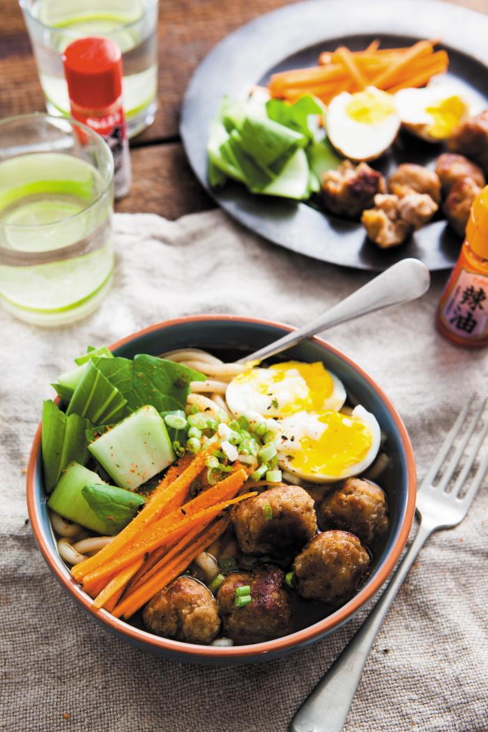 Udon Noodles & Pork Meatballs
