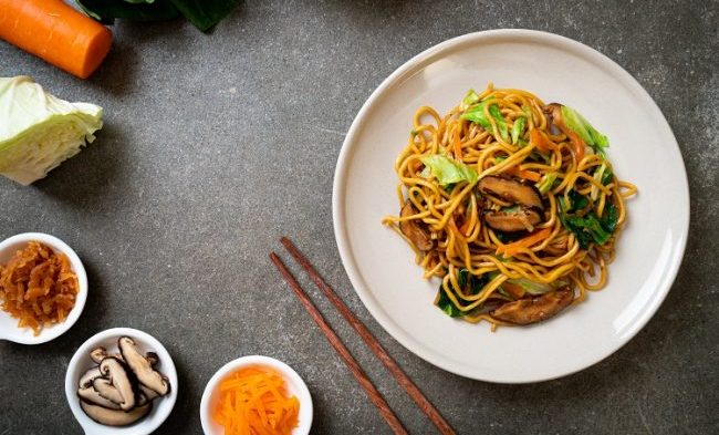 Yakisoba Noodles with Mixed Vegetables